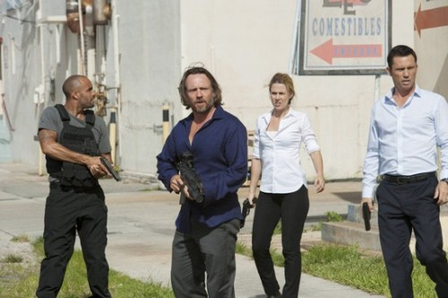"Burn Notice 7x11 ""Tipping Point"""