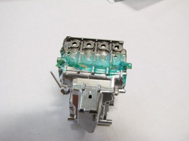 2004m1-024