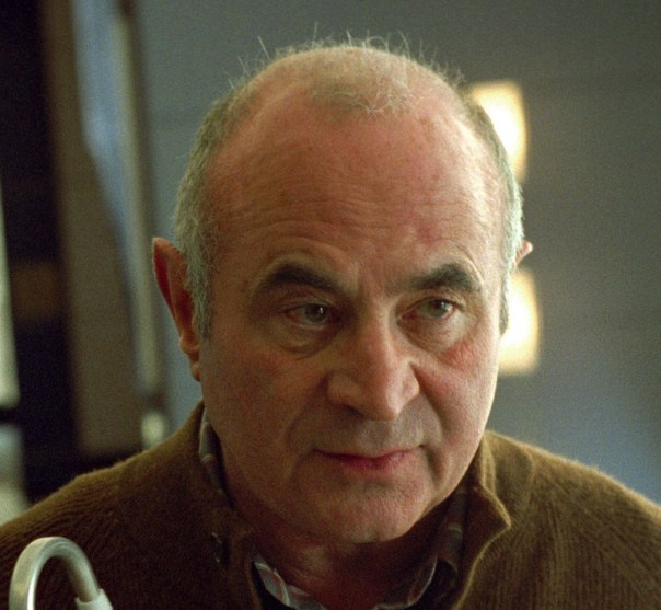 Bob Hoskins - Stay